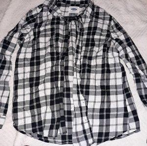 OLD NAVY BLACK AND WHITE FLANEL